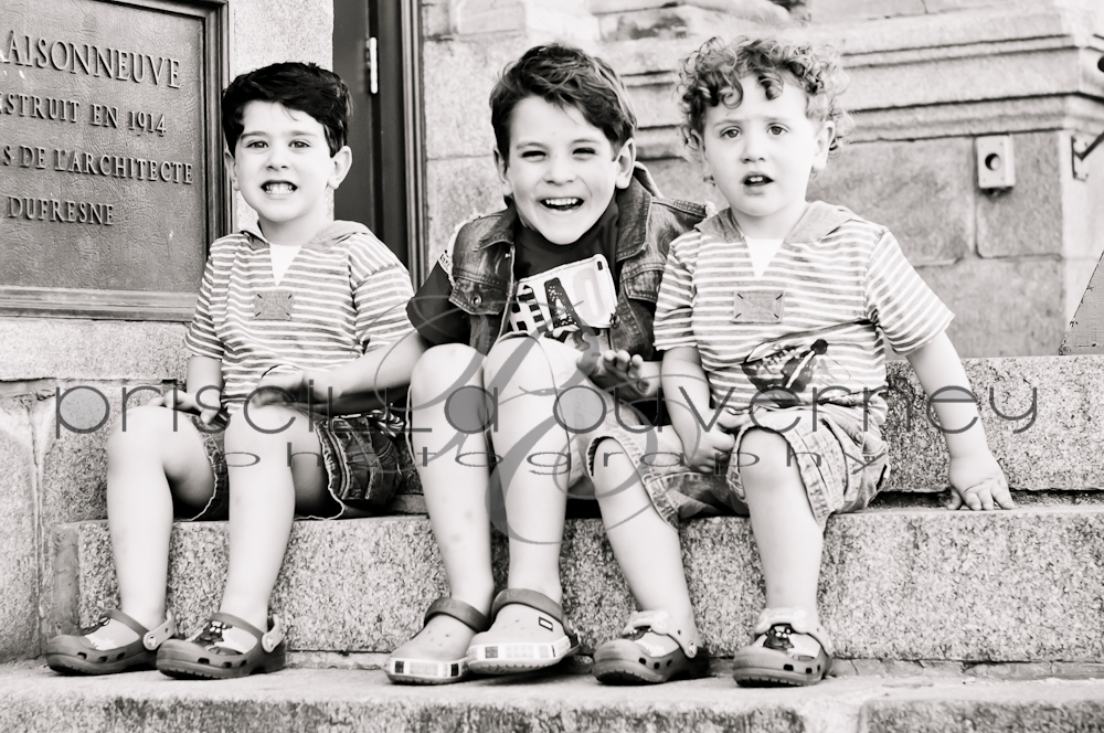 | Montreal Children Photographer | – Three handsome little guys plus their gorgeous mother! (5/6)